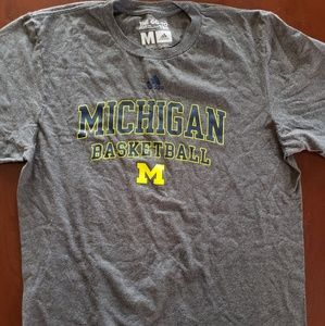 Vintage Michigan Basketball gray tshirt M